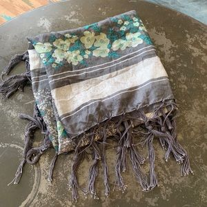 Grey poppy flower vintage tassel silk scarf